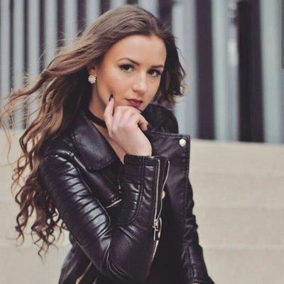 Alexandra03
