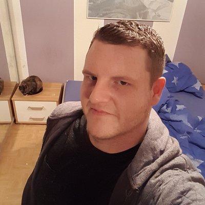 Profilbild von Rush03