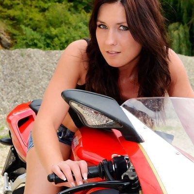 Profilbild von LaToya88