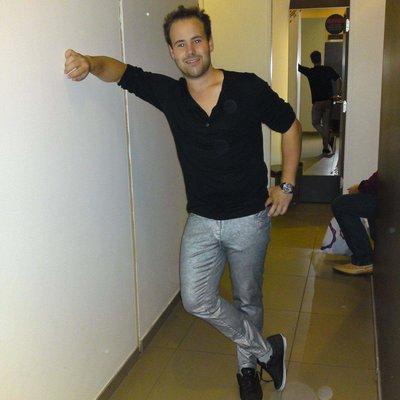 Armin90