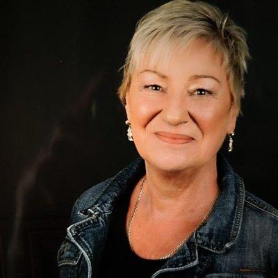 Profilbild von Joy6