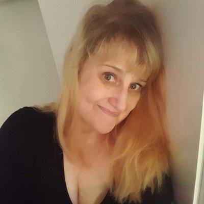 Nicole1975
