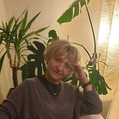 Angelika24