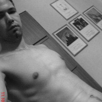 Houseboy25