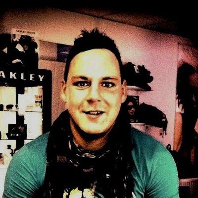 Hardy85_
