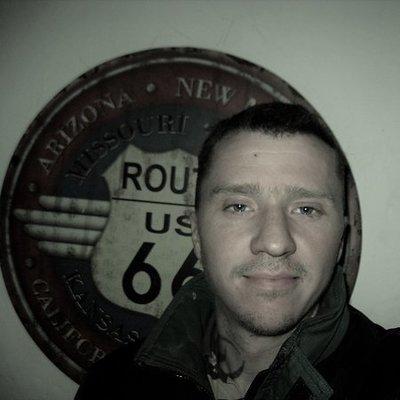 Chris8384