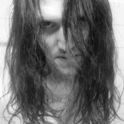 Profilbild von DarkFieldsOfGore