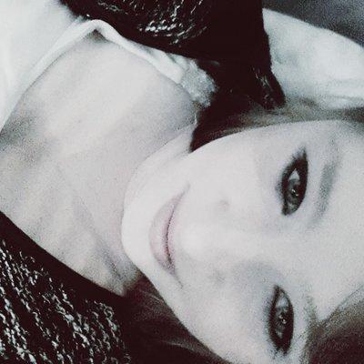 Profilbild von Isi__