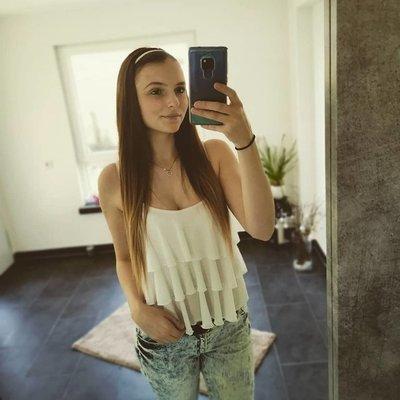 Profilbild von Yasmin96
