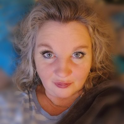 Profilbild von Momy