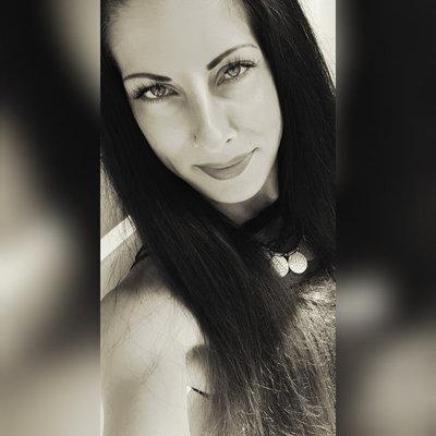 Profilbild von Vivi91
