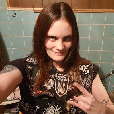 Profilbild von MetalGirlNRW