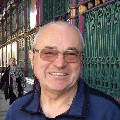 Profilbild von Robert-2112