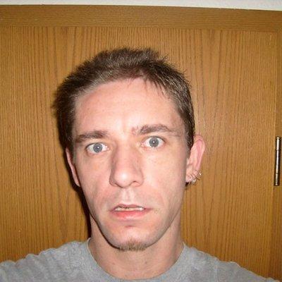 Profilbild von Alexander32_