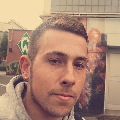 Profilbild von Falke95